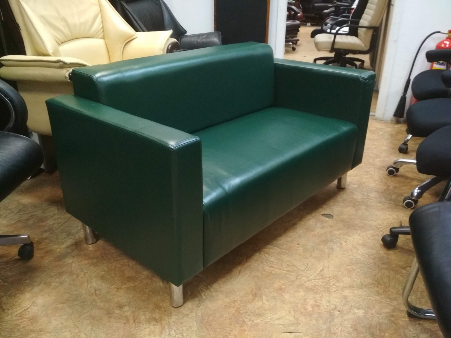 Диван офисный 2-х местный Д2М (зеленый глянец) НОВЫЙ
