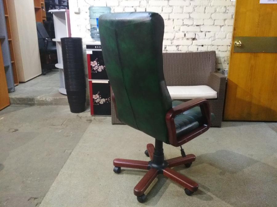 Кресло руководителя Атлант кожа/дерево Новое