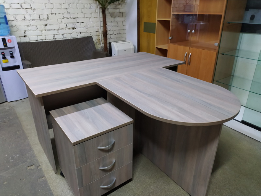 Комплект мебели для офиса Новый