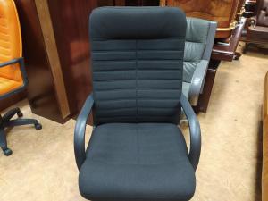 Кресло руководителя ОРМАН (ткань черный). Новое!
