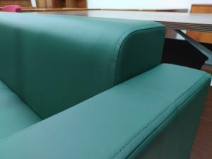 Диван офисный 3-местный (зеленый матовый). Новый!
