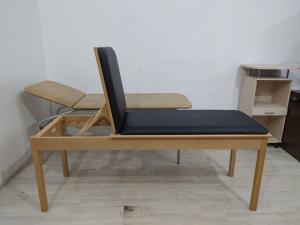 Кушетка массажная Manumed Basic Wood бу