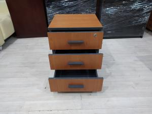 Тумба подкатная офисная 3 ящика б/у 09327
