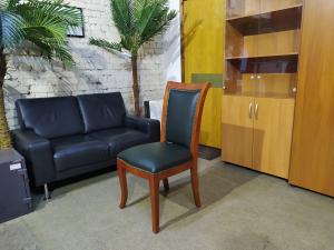 Стул для посетителей РИШАР 590. Новый