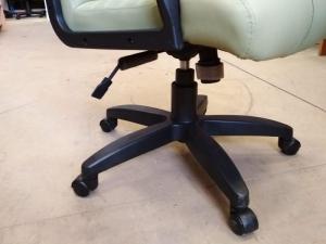 Кресло для руководителя АТЛАНТ ЭКО (фисташка) НОВОЕ!